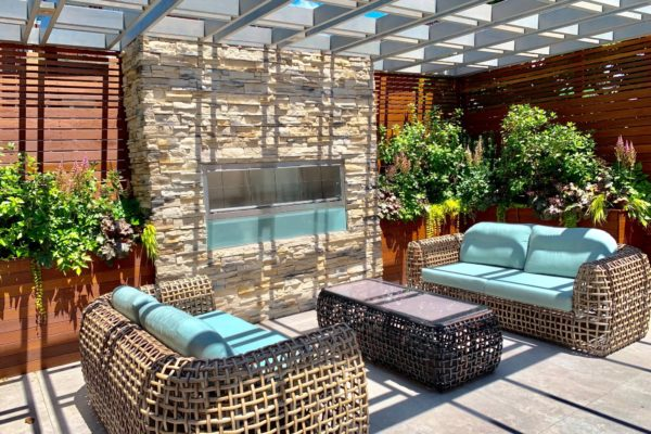 nyc_brooklyn_williamsburg_roofdeck_landscape_landscaping_design_pergola_custom_fireplace_courtyard_rooftop_beautiful_unique_IPE_woodwork_hot_backyard_furniture