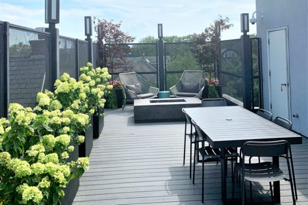nyc_roofdeck_rooftop_design_landscape_pergola_planters_furniture_landscaping_brooklyn_firetable_highend_build_custom_trexpergola_diningtable_cityviews