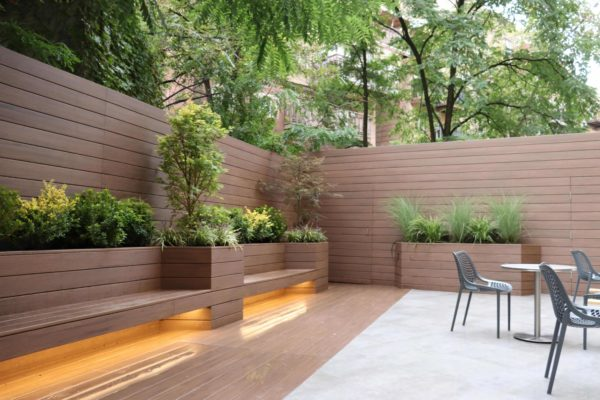 Brooklyn_nyc_courtyard_landscape_trex_composite_planters_green_roof_design_trees_decking_custom_woodwork_led_lighting