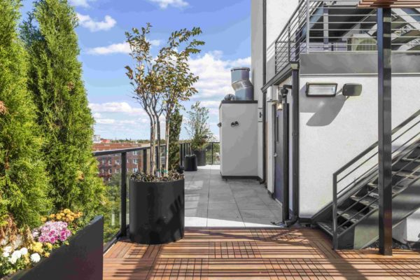 tier_II_landscape_design_commercial_rooftop_brooklyn_IPE_custom_woodwork_kitchen_landscaping_design_build_pergola