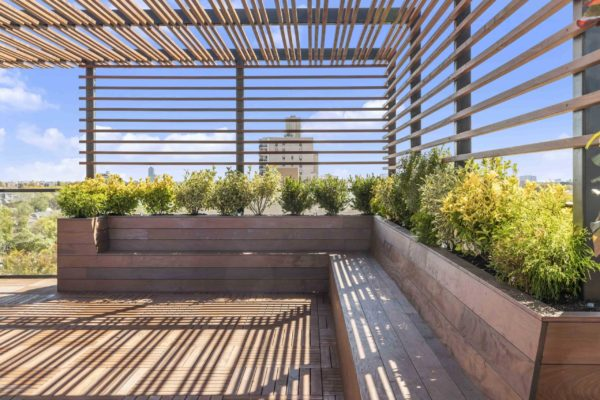 tier_II_landscape_design_commercial_rooftop_brooklyn_IPE_custom_woodwork_kitchen_landscaping_design_build_pergola_9a