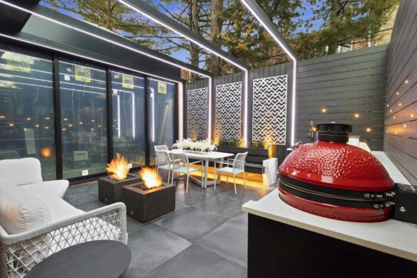 tier_ii_landscape_design_urban_landscaping_custom_outdoor_landscape_kitchen_kamado_woodwork_patio_design