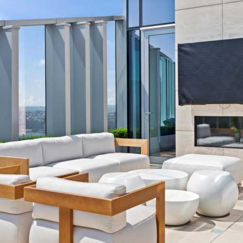 Lounging area
